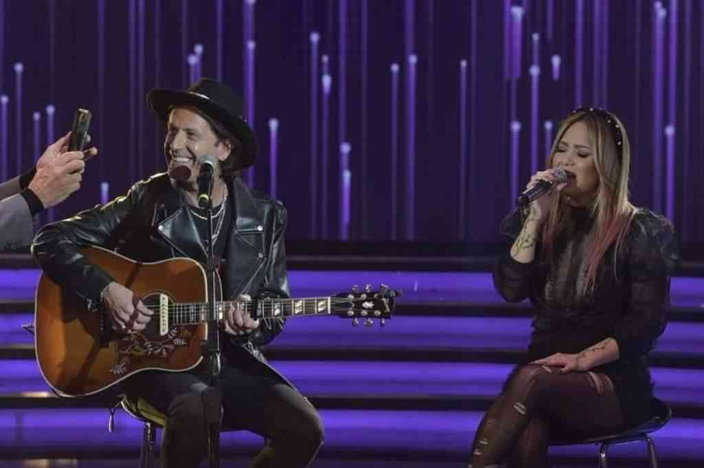 Coti Sorokin hizo una aparición especial en La Academia y aprovechó para cantar