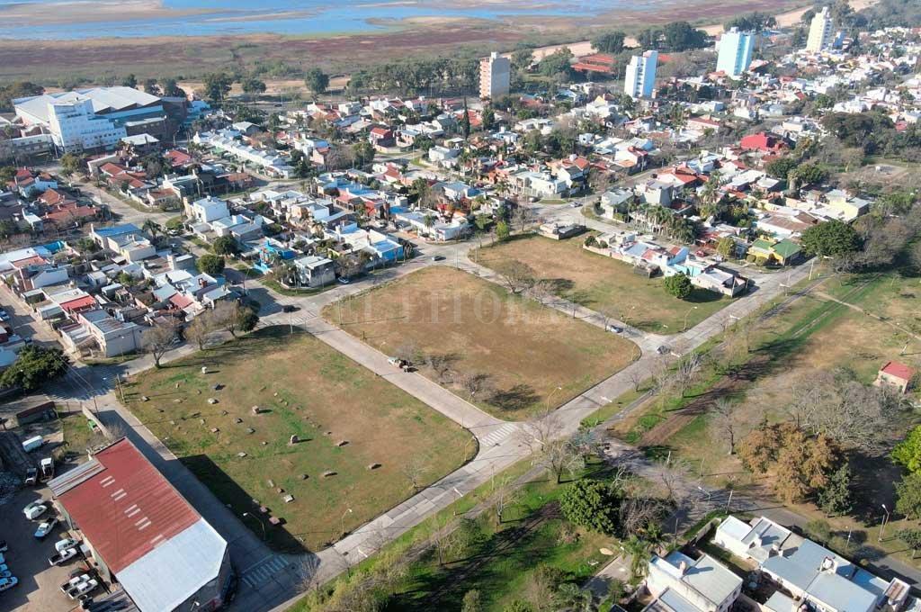 """Construirán 108 viviendas en el """"campito"""" más codiciado de barrio Villa Setúbal -  -"""