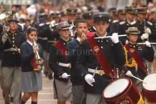 Conmemoran el Bicentenario de la Independencia del Perú