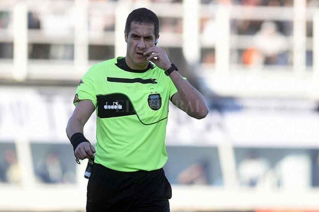 Pablo Echavarria, el árbitro que dirigirá el partido entre Unión y Lanús Crédito: Gentileza