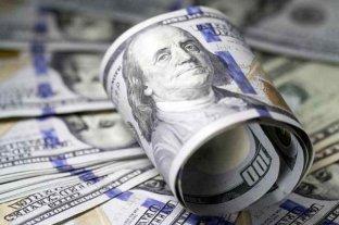 """Dólar hoy: el oficial abre estable y el """"blue"""" se vende a $ 180,50"""