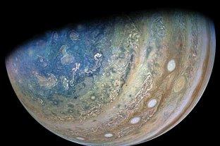 La NASA descubrió indicios de vapor de agua en la luna de Júpiter