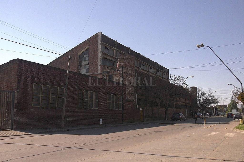 Emblemático. El colegio Don Bosco es un punto de referencia en la ciudad, y está dentro de la jurisdicción del barrio Los Hornos. Crédito: El Litoral