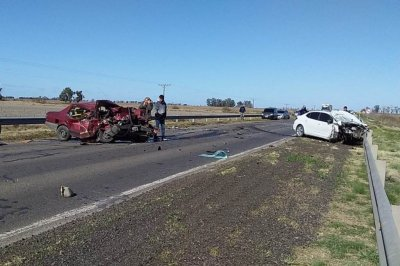 Muerte en ruta 13: una colisión entre tres vehículos terminó con un fallecimiento