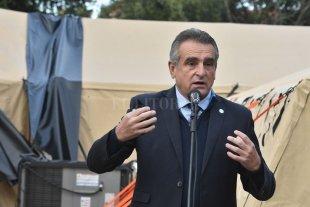 Rossi volvió a cruzar a Perotti y resurgen las dudas en el gabinete - Agustín Rossi. -