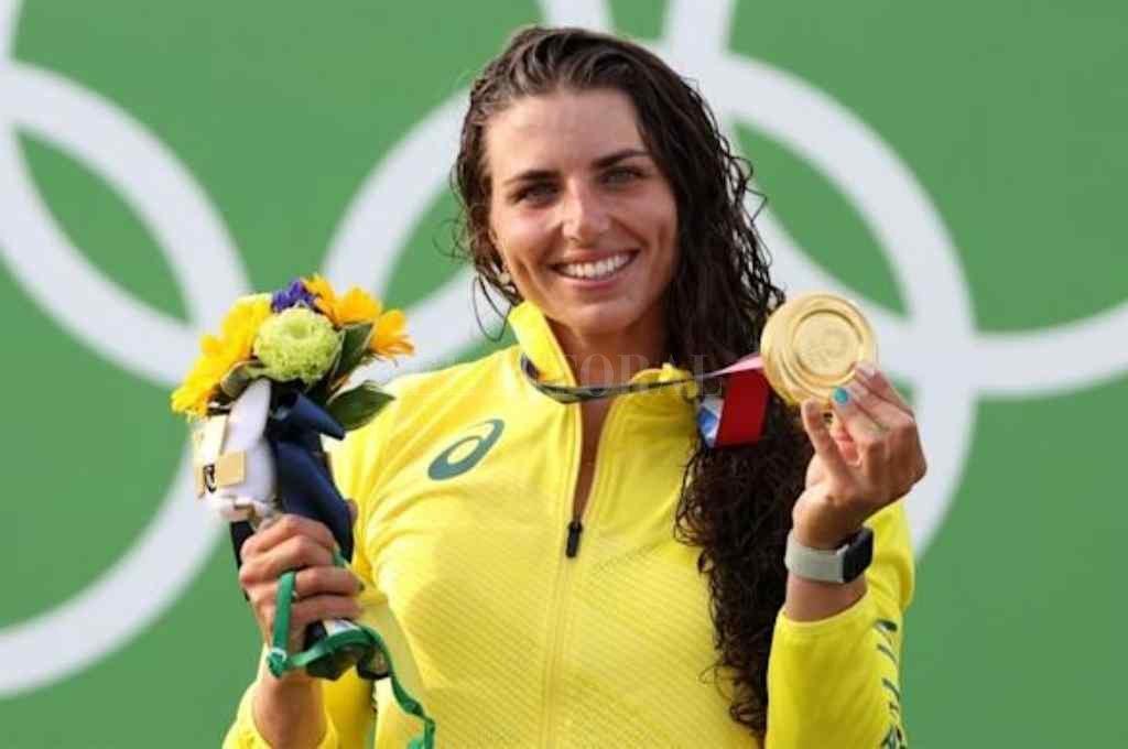 La australiana de 27 años reparó su kayak de una forma casera y logró subirse al podio Crédito: Gentileza