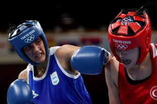 Boxeo femenino: la argentina Dayana Sánchez perdió ante Esra Yildiz