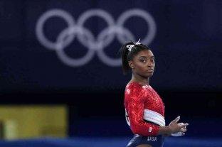 """Tras su retiro de dos finales en Tokio, Simone Biles explicó que tiene dificultades """"en todas las competencias"""""""