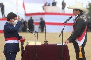 En medio de críticas, asumió Guido Bellido como jefe de gabinete en Perú