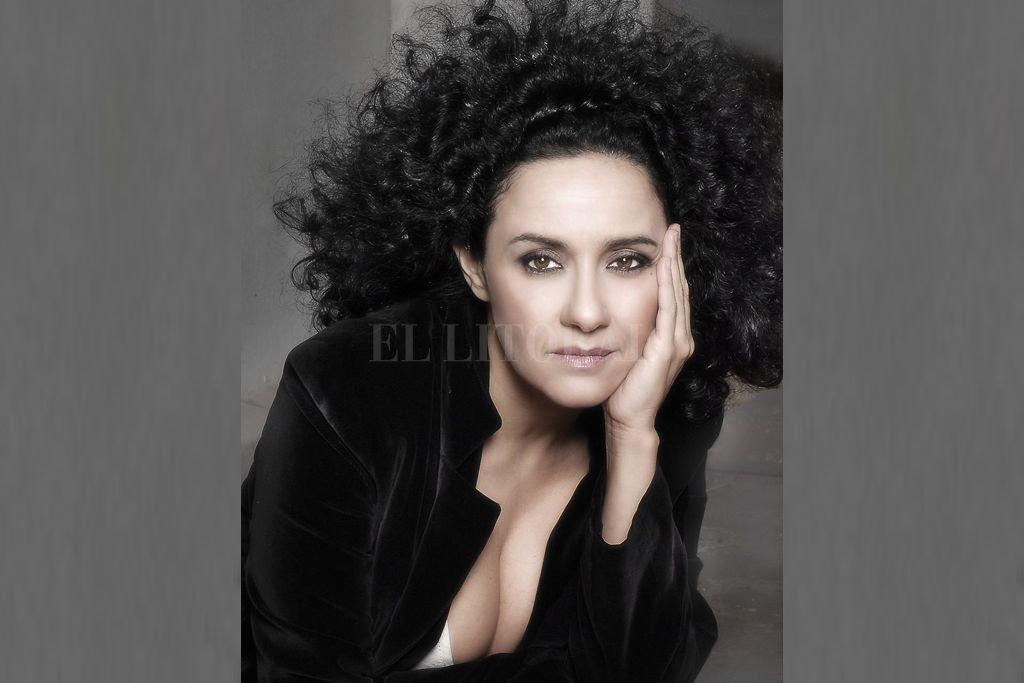 """La renombrada cantante, compositora y docente Roxana Amed ofrecerá un acercamiento a su propuesta docente, bajo el título """"La voz de la imaginación"""". Crédito: Gentileza SFL"""