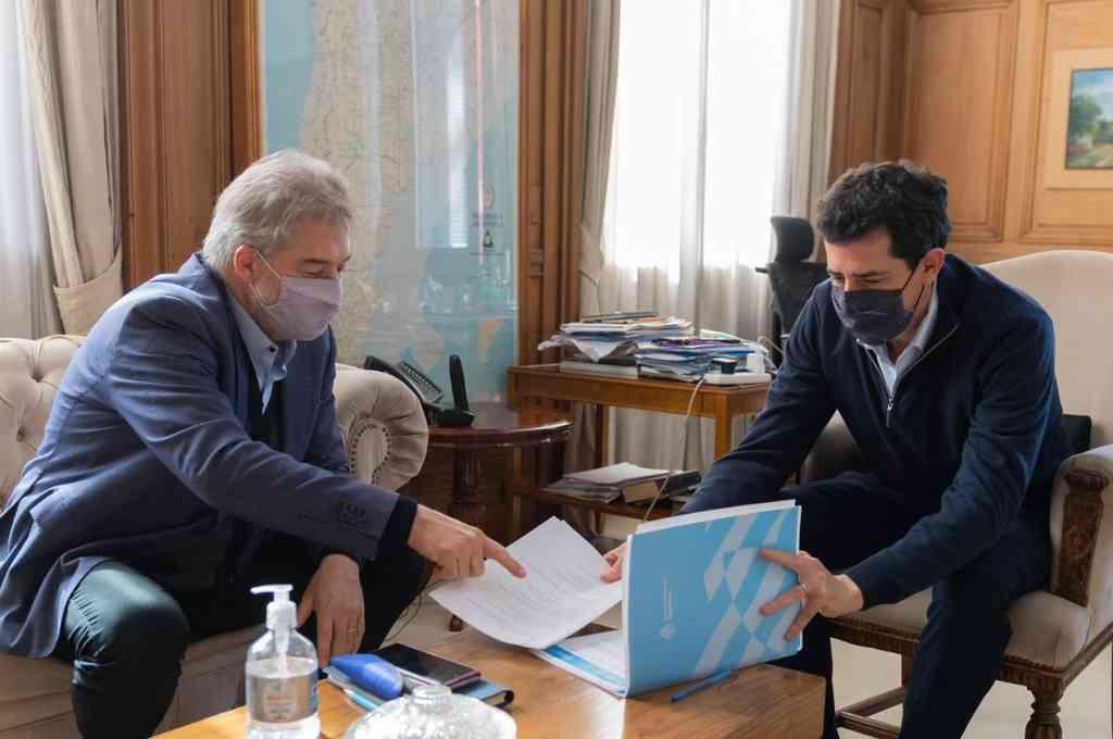 Roberto Mirabella mantuvo una reunión con el ministro del Interior Wado de Pedro en Buenos Aires. Crédito: Gentileza