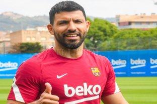 """""""Estoy muy contento"""", dijo Agüero tras su primer día en el Barcelona"""