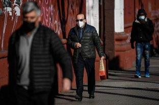 Chile registra la tasa de positividad nacional más baja de toda la pandemia -  -