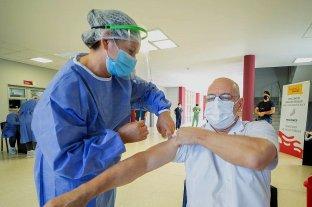 Uruguay abrió la inscripción para aplicar una tercera dosis de vacuna contra el coronavirus -  -