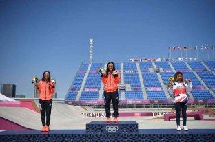 Kokona Hiraki de 12 años se llevó la medalla de plata en skate