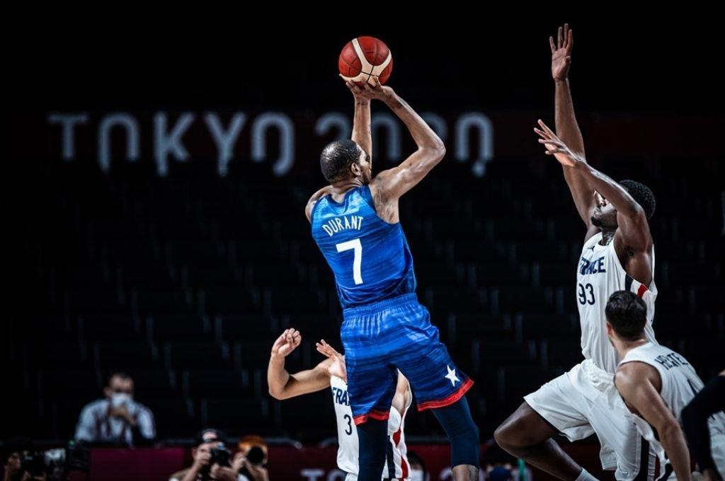 EEUU y Francia batallarán por el oro. Crédito: FIBA