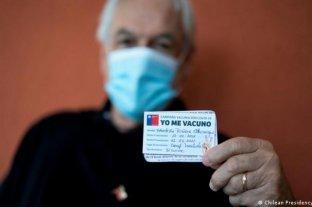 Chile inicia la vacunación con tercera dosis