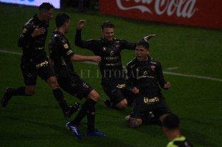 Colón le ganó a Vélez por 1 a 0 en Liniers