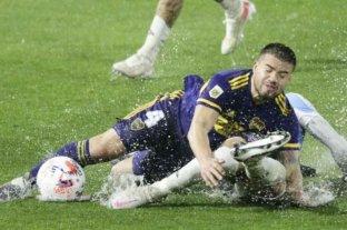 Boca empató ante Argentinos en la Bombonera con la lluvia como protagonista