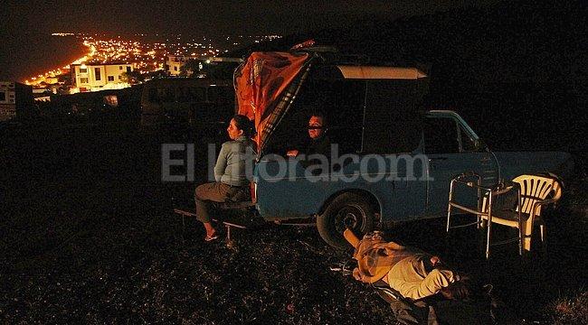 Evacuados en Ecuador.  EFE