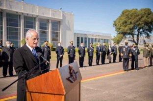 """El ministro Taiana promedió continuar con """"el reequipamiento y modernización de las Fuerzas Armadas"""""""