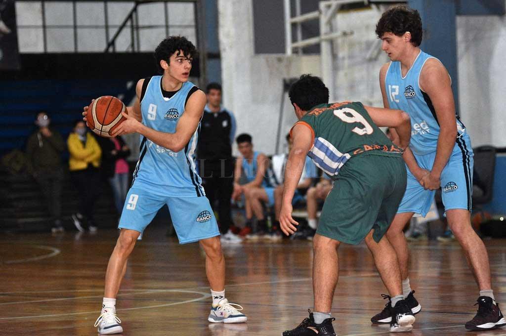 The Santa Fe basketball pioneer in the recording of statistical data:: El Litoral - News - Santa Fe - Argentina