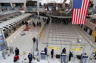 Estados Unidos sigue sin fecha para abrir sus fronteras a los viajeros europeos