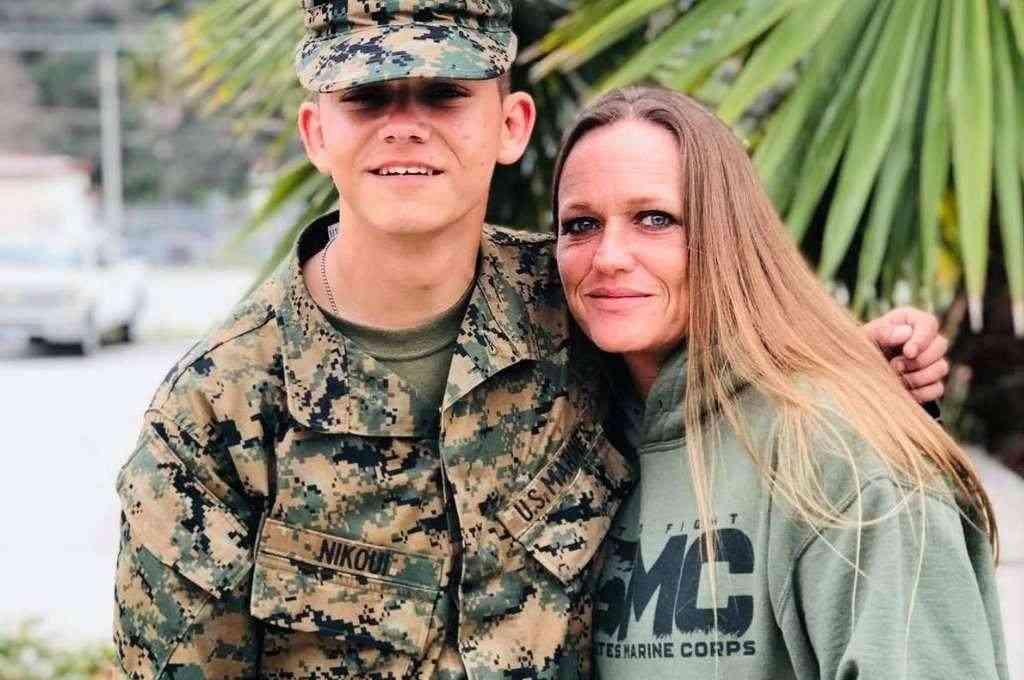 Shana Chapell ha culpado públicamente el presidente Joe Biden por la muerte de su hijo, el marine Kareem Nikoui, de 20 años, en los atentados del 26 de agosto en Kabul. Crédito: Instagram