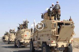 """Desfile """"de la victoria"""": los talibanes presumieron de las armas abandonadas por las tropas estadounidenses"""