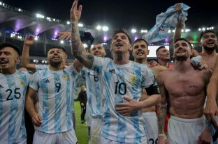 La Selección Argentina estrena su chapa de campeón