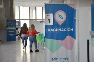 Vacunación Covid: 40% de población  con dos dosis y a la espera de CanSino