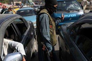 Talibanes reprimen con gas lacrimógeno una protesta de mujeres en Kabul