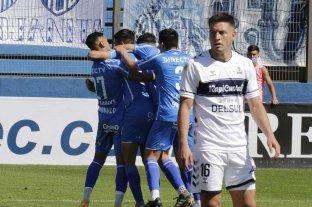 Godoy Cruz goleó 4-0 a Gimnasia de La Plata