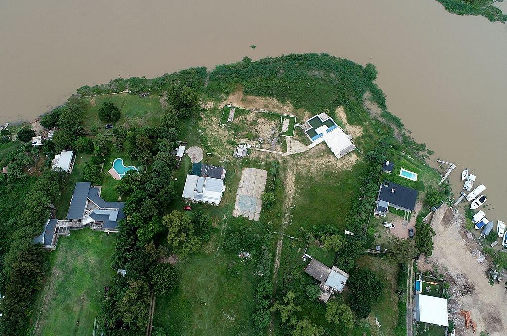 La ilegalidad vista desde arriba. Vista aérea de la zona usurpada en la Isla Sirgadero. Crédito: Fernando Nicola