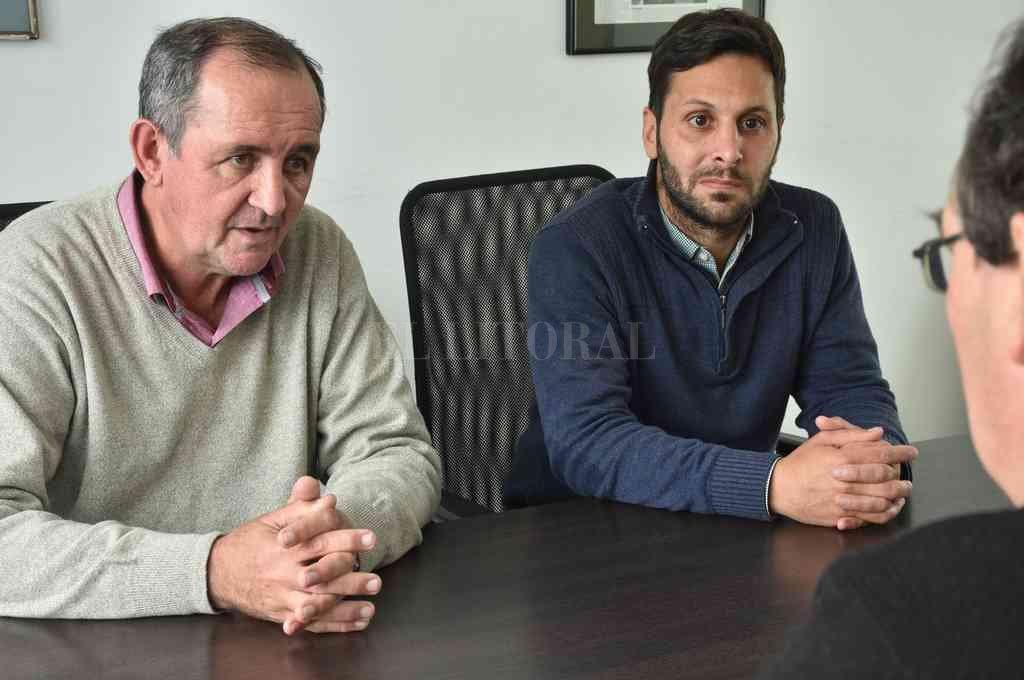 El intendente de Recreo, Omar Colombo, en compañía del concejal Daniel Medús. Ambos intentarán ser reelectos. Crédito: Luis Cetraro