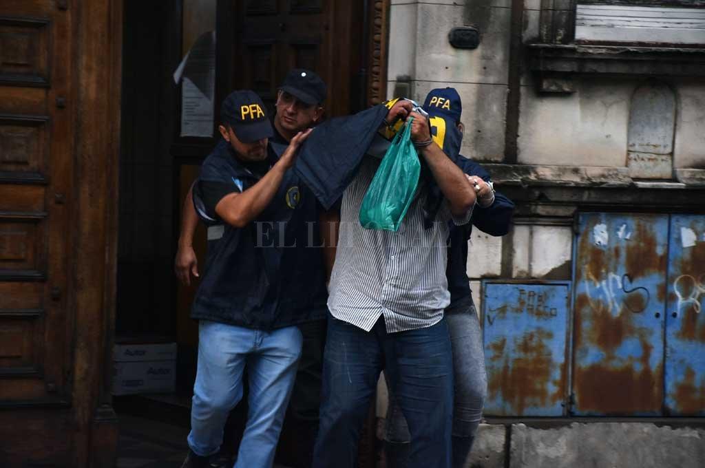 Paz fue trasladado desde su lugar de detención en Rosario a los tribunales de Santa Fe, el 11 de diciembre de 2018. Crédito: Manuel Alberto Fabatía