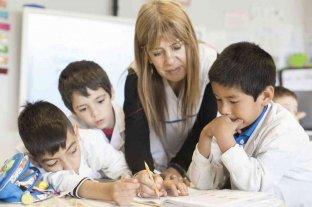 Día del Maestro: el oficio de enseñar con compromiso, dedicación y amor