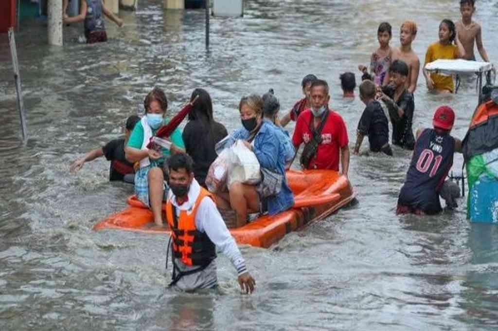 Filipinas recibe el tifón Chanthu.  Crédito: Twitter
