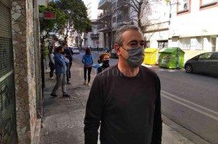 Largas filas en la vereda y demoras de hasta una hora para votar en Rosario