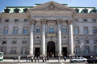El director del Banco Nación propuso crear una nueva moneda que no se pueda convertir a dólares
