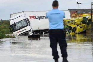 Video: nueve personas mueren ahogadas por fuertes oleajes en el sur de Francia