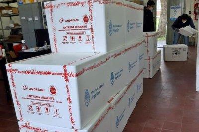 Llegaron 59.900 vacunas a Entre Ríos y se sumaron dos nuevas marcas al Plan Rector