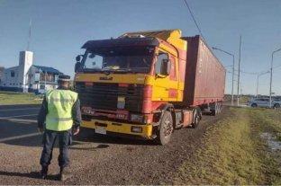Detuvieron en Entre Ríos a un camionero que huyó tras un accidente que causó la muerte de una mujer