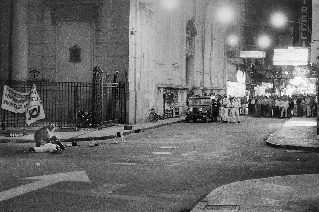 Manifestación estudiantil en el año 1971 Crédito: Archivo El Litoral