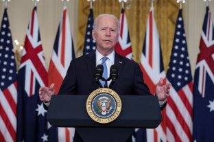 "Joe Biden planea retomar la polémica política de Donald Trump ""Quédate en México"""