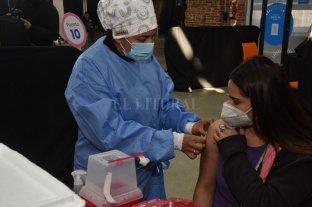 OSPAT en una campaña para impulsar la vacunación contra el COVID entre la población indecisa