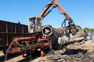 Casilda: se compactaron vehículos secuestrados en el predio municipal