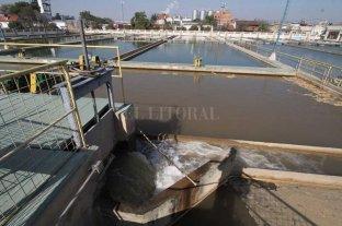 Enress pide purgar caños y tanques de agua en Candioti Sur -