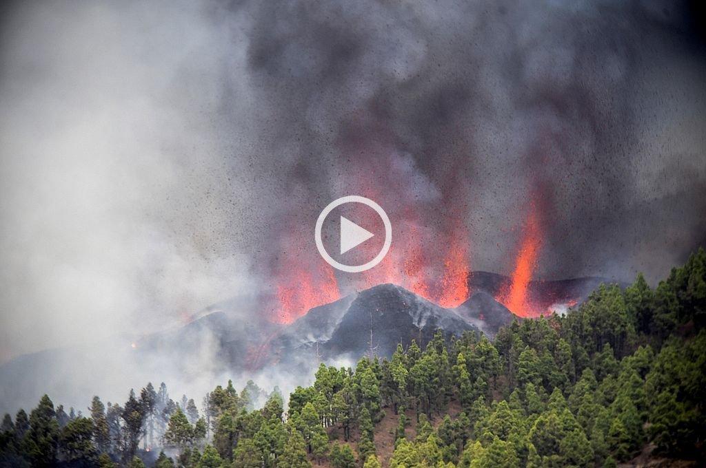 Imágenes impactantes: el volcán Cumbre Vieja entró en erupción en el archipiélago de Canarias -  -