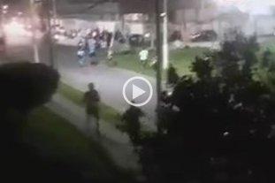 Video: barras de Racing e Independiente a los tiros